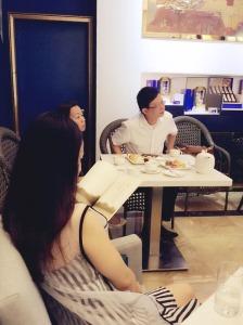 廣州茶聚 能把問題說得大聲點嗎?